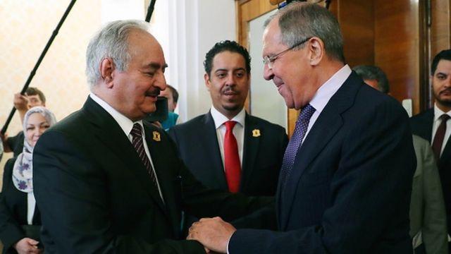 Halife Hafter ve Hafter'e destek veren Rusya'nın dışişleri bakanı Sergei Lavrov