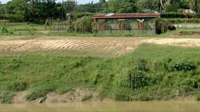 সীমান্তেও ওপারে ফেনীর পানি তুলবার জন্য ভারতের তৈরি 'পাম্পঘর'।