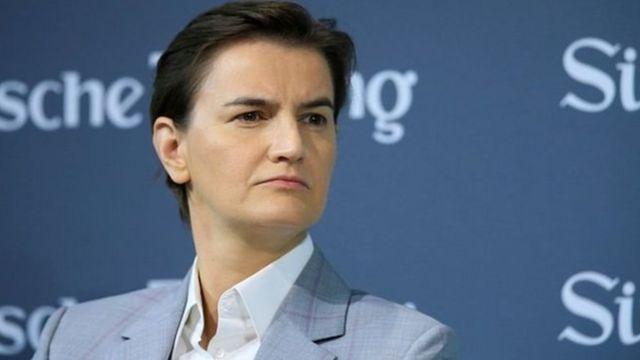 رئيسة وزراء صربيا المثلية آنا برنابتيش