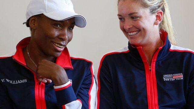 Dans le tableau féminin, les deux adversaires de la demi-finale sont Venus Williams et Coco Vandeweghe.