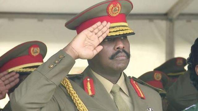 Kainerugaba Muhoozi devient la deuxième personnalité de l'armée ougandaise, derrière son père.