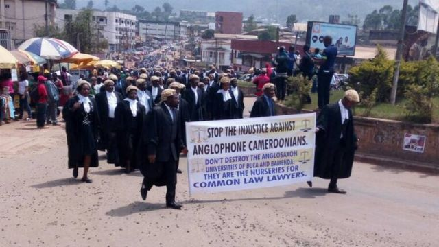 Na English speaking lawyers wey dey protest for southern Cameroun for January 2017