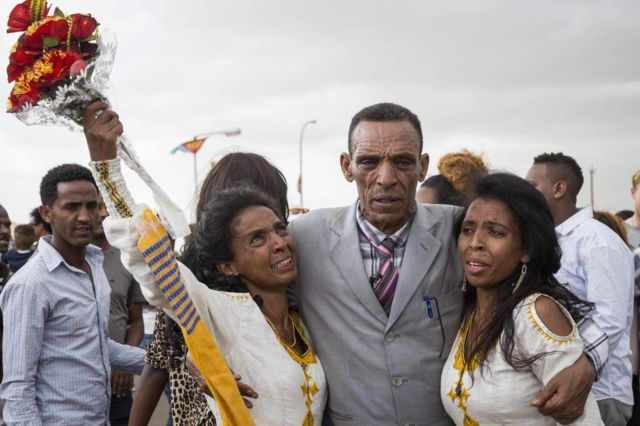 Ethiopian reunited with long-lost daughters in Eritrea after 16 years