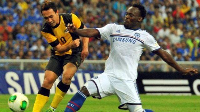 Son coéquipier Carlton Cole, qui a notamment évolué à West Ham, est également concerné.