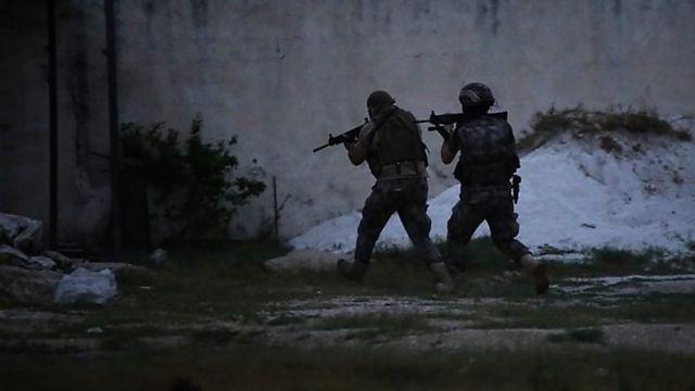 نیروهای امنیتی ترکیه در ۲۰۲۰ دهها عملیات برای دستگیری مظنونین همکاری با داعش در این کشور انجام دادند