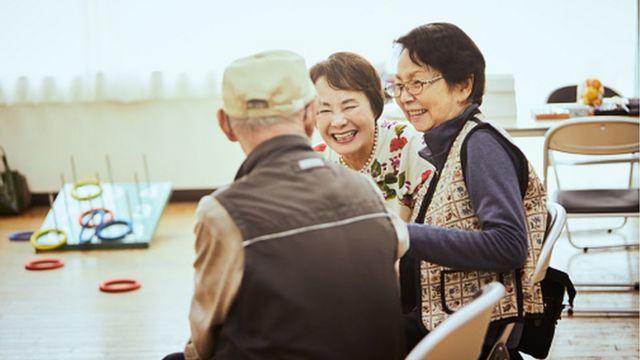Japanese seniors laughing