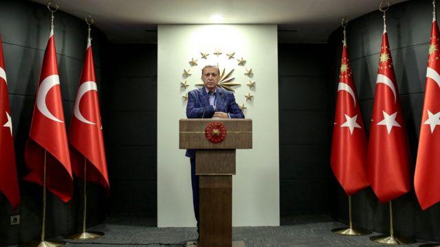 رجب طیب اردوغان با حسن روحانی و ولادیمیر پوتین مذاکراتی درباره سوریه انجام میدهد