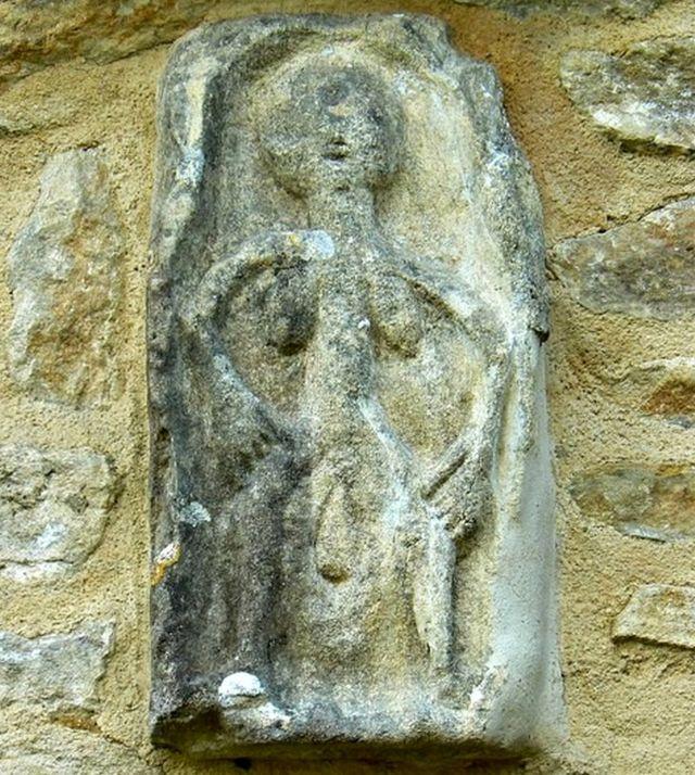 Sheela-na-gig de Oaksey, em Wiltshire