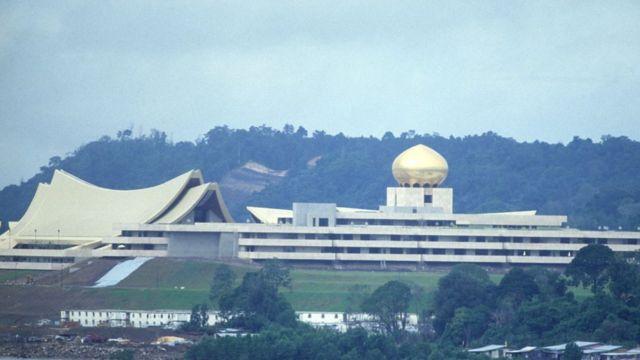 Qasriga Brunei ee Nuurul Iimaan