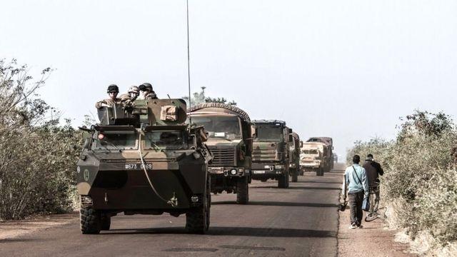 Polémique après une frappe aérienne de l'armée française — Mali