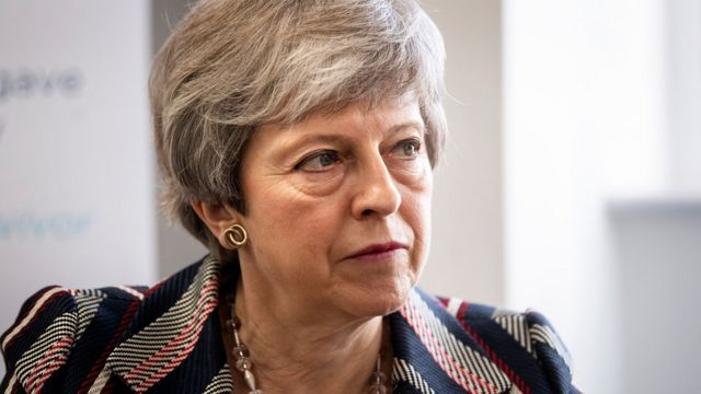 Brexit: Theresa May plans 'bold offer' to get support for deal