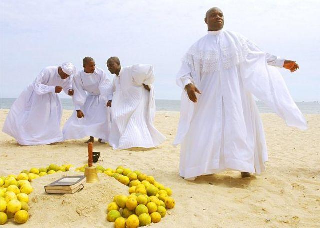 Wold Ocean Day 2021: Elegushi beach spiritual prayer dey contribute to Ocean pollution