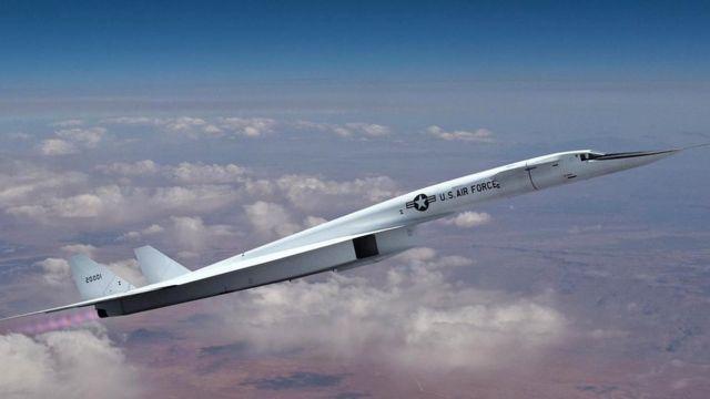 Американский бомбардировщик XB-70 в свое время тоже планировалось использовать для испытаний ядерного двигателя