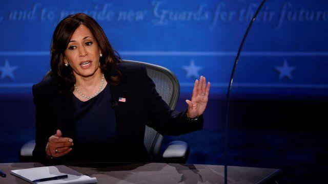 Kamala Harris durante el debate vicepresidencial