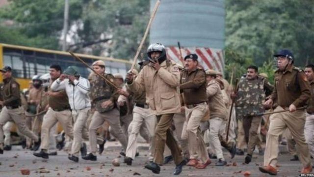 दिल्ली, गुन्हेगारी, दंगल, धर्म