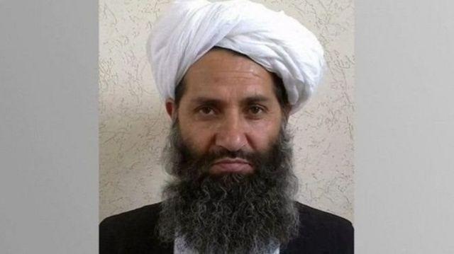 هبتالله آخوندزاده پس از کشته شدن ملا اختر منصور، رهبر پیشین طالبان در حمله هواپیماهای آمریکایی، رهبری این گروه را به عهده گرفت