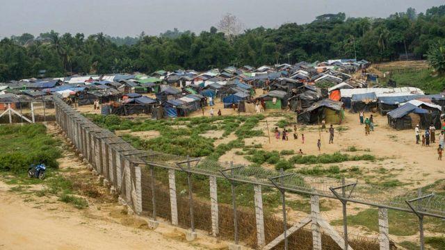 બાંગ્લાદેશના શરણાર્થીઓની રાહત છાવણીની તસવીર