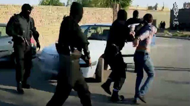 تصاویری از فیلم جدید وزارت اطلاعات؛ در این مستند علت عمده ترورها و انفجارها گذشته به موازی کاری امنیتی نسبت داده میشود