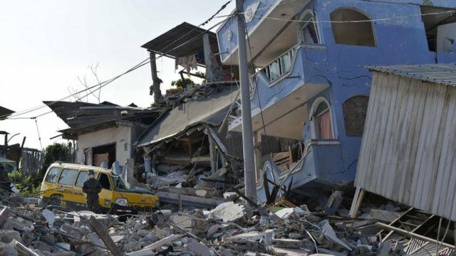 数多くの建物が破壊された