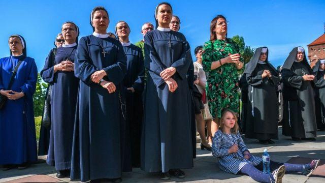 Monjas y laicas, en un acto religioso en Irak.