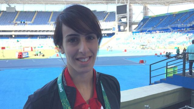 Nadadora Miri Alatras, de 22 anos