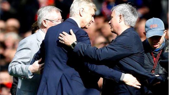 Arsene Wenger na Hose Mourinho