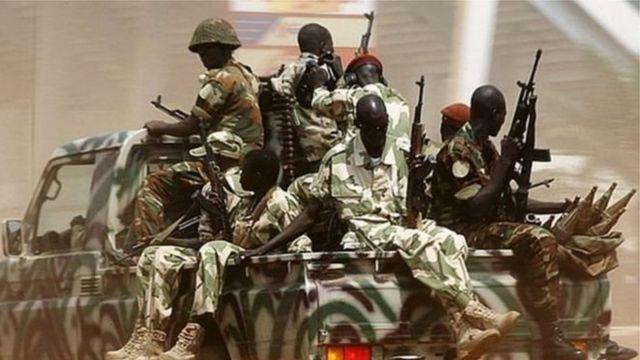 La Centrafrique peine à se relever du conflit provoqué en 2013 par le renversement de l'ex-président François Bozizé par la rébellion Séléka.