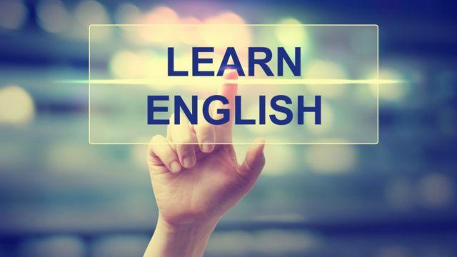 "Английский язык. заставка подкаста Learn English (проект Би-би-си ""Уроки английского, тесты, викторины, лайфхаки"")"