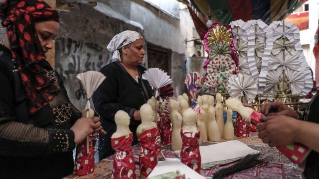 """تعّد """"عرائس المولد"""" من أبرز طقوس الاحتفال بالمولد النبوي في مصر"""