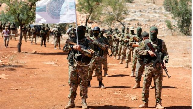 أفراد من هيئة تحرير الشام