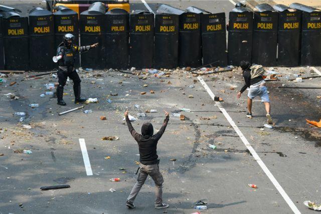 unjuk rasa menentang UU Cipta Kerja di Jakarta