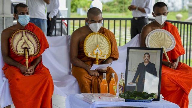Buddhist monks at funeral of Eliyantha White - 23 September