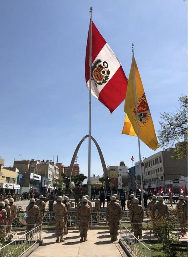 Homenaje a la bandera Perú en Tacna.