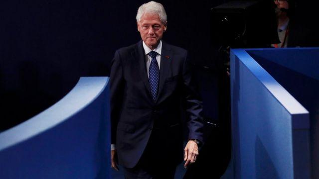 Bill Clinton en el debate.