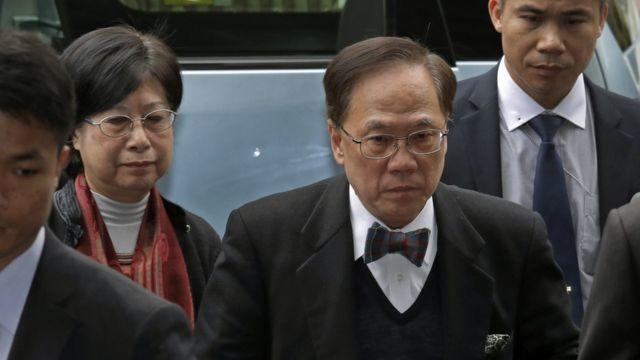 香港前特首曾荫权和夫人曾鲍笑薇。