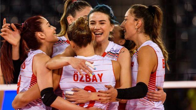 Filenin Sultanları, Avrupa Şampiyonası'nda 3'te 3 yaptı - BBC News Türkçe