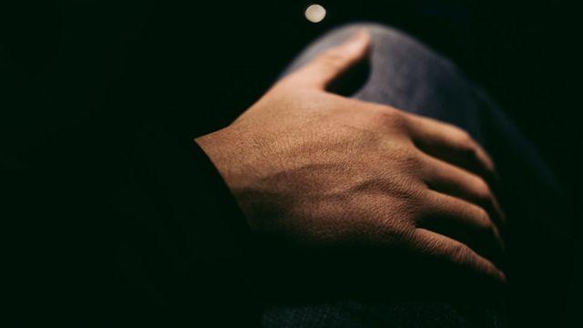 Рука жінки