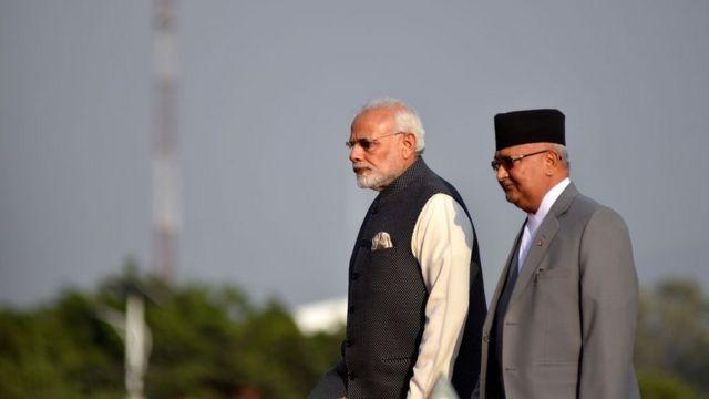 भारत दौरे पर पीएम मोदी के साथ केपी शर्मा ओली