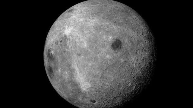 Інший бік Місяця ніколи не видно з Землі