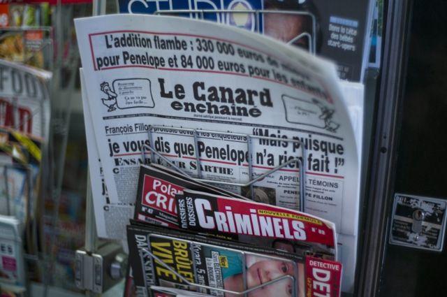 """""""Le Canard"""" no tiene sus contenidos en internet."""
