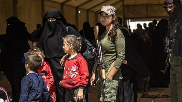 IŞİD'in elinden alınan bölgelerdeki kadın ve çocuklar, SDG kontrolündeki kamplara yerleştirildi