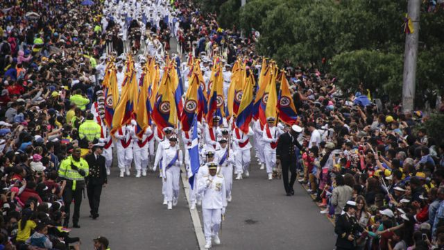 Desfile independencia Colombia