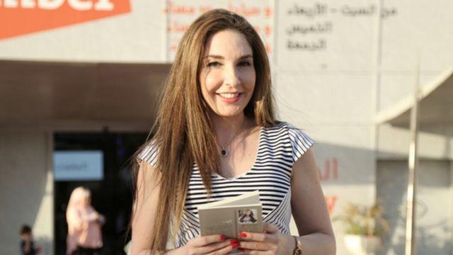 الشاعرة والكاتبة الروائية مريم مشتاوي