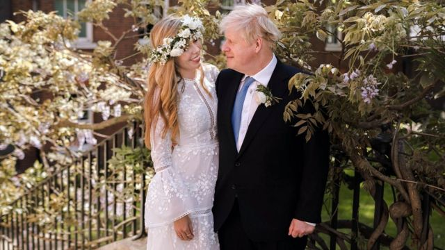 Boris Johnson and Carrie Symonds in the garden of 10 Downing Street after their wedding.