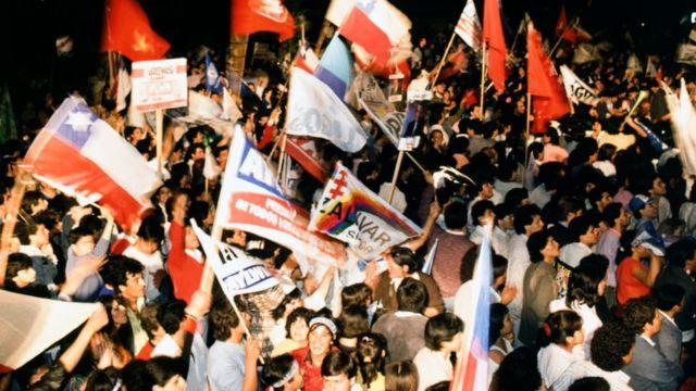 Celebración tras las elecciones presidenciales de 1989.