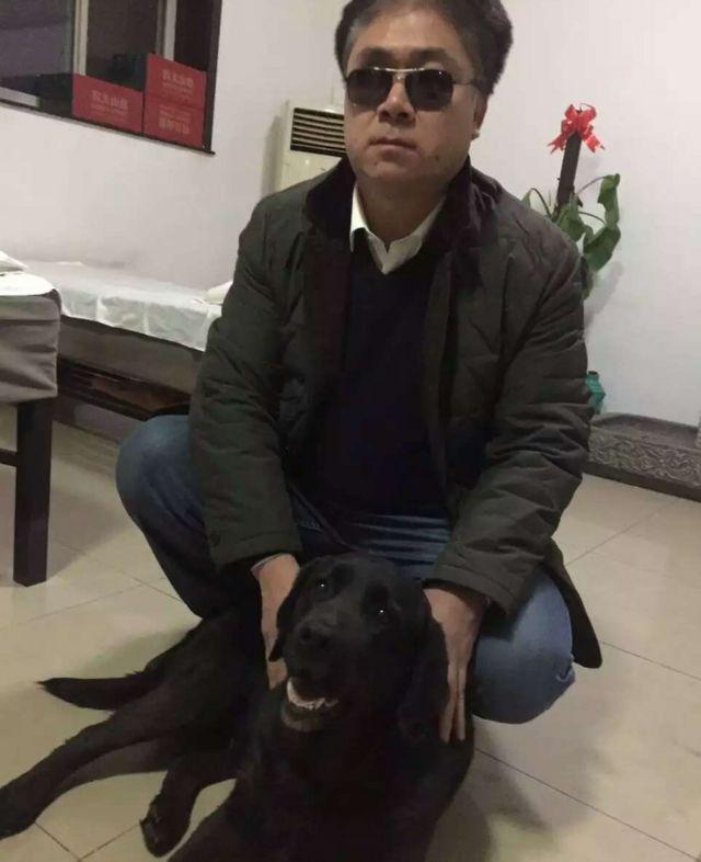 ティアンさんと盲導犬のチャオチャオ