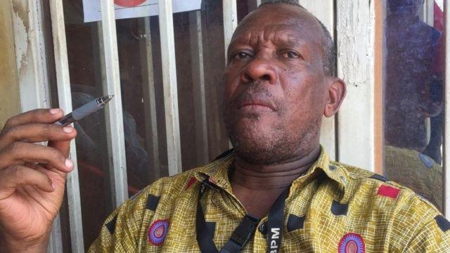 Professa Malonga anasema hata iweje salamu ya kukumbatiana kamwe haiwezi kupotea kwa sababu ya umuhimu wake katika utamaduni wa wanyarwanda