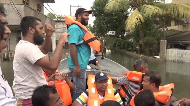 Sri Lanka navy rescue boat