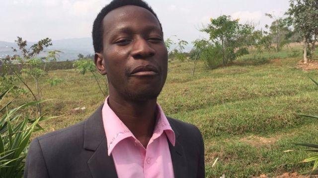 Bosco Nzeyimana yatangije umushinga wo guhingura umwanda
