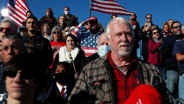 Seguidores de Trump en un evento en Butler, Pensilvania, el 31 de octubre.